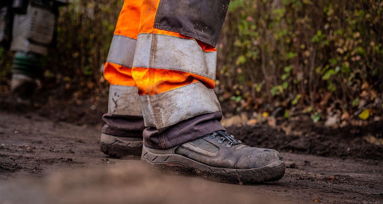Werkschoenen van een stratenmaker